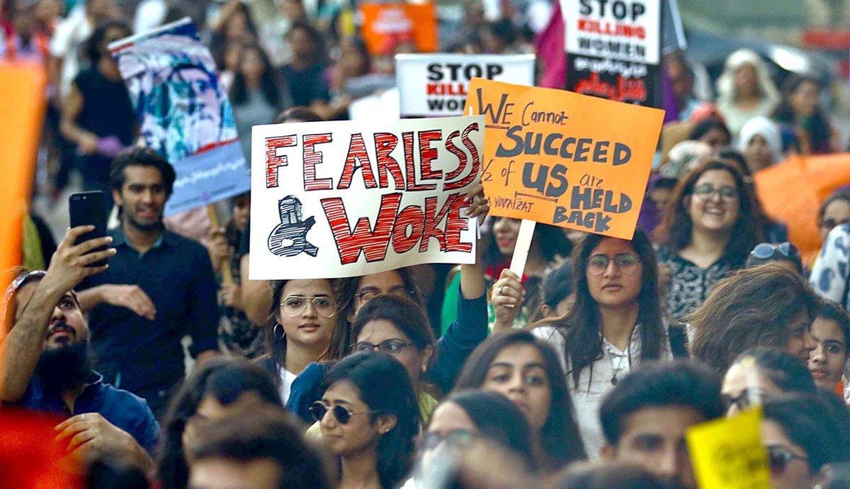 پاکستان سمیت دنیا بھر میں آج خواتین کا عالمی دن منایا جا رہا ہے