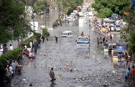 کراچی میں بارش سے نقصانات، نیاناظم آباد بھی ڈوب گیا