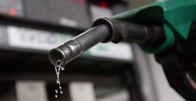 آئندہ 15 دنوں کیلیے پیٹرولیم مصنوعات کی قیمتیں برقرار رکھنے کا فیصلہ