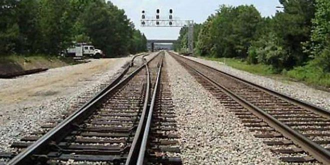 سندھ حکومت ریلوے کی زمین وگزار کرائے :سپریم کورٹ؛ تعمیرات ایسی نہ ہوں جو شہر میں دھبہ بن جائیں: چیف جسٹس