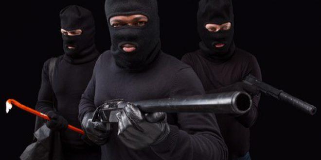 31 گینگز کے 110 ارکان لاہور پولیس کیلئے چیلیج بن گئے،33 ہزار سے زائد نفری والی لاہور پولیس کو 31کریمینلز گینگز نے چکرا کر رکھ دیا۔